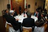 Ketua PPIA ANU bersama JK dan Bapak Duta Besar pada acara makan malam di Kedutaan Indonesia 9 Juni 2010